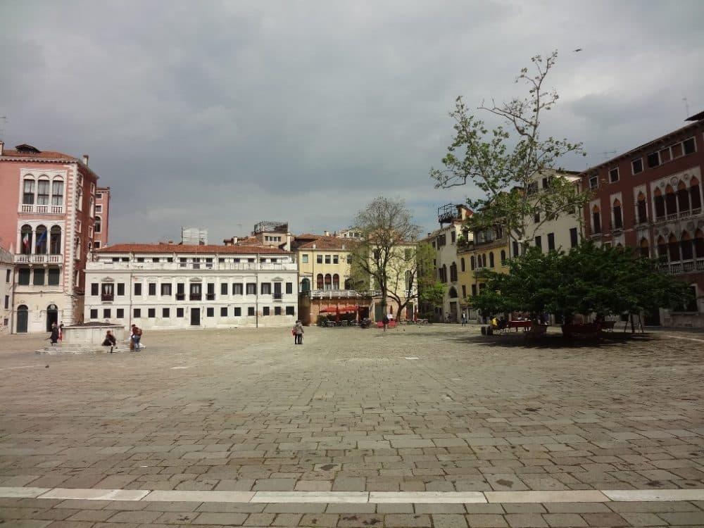 Venezia piazza San Polo