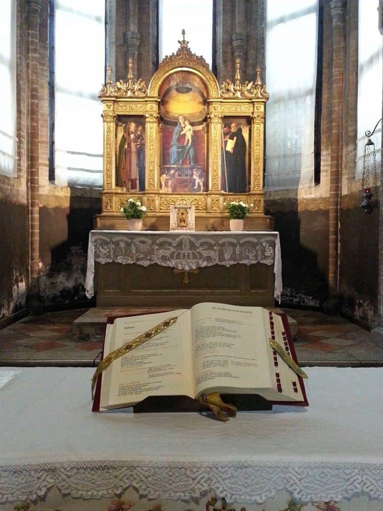 Базилика Санта-Мария Глориоза деи Фрари фото