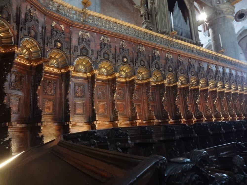 Собор Санта-Мария Глориоза деи Фрари интерьер