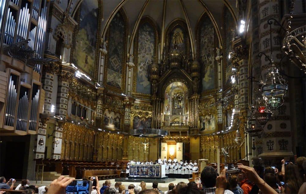 Монастырь Монтсеррат хор