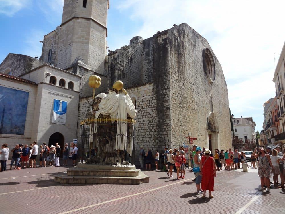 Фигерас церковь где крестили Дали фото