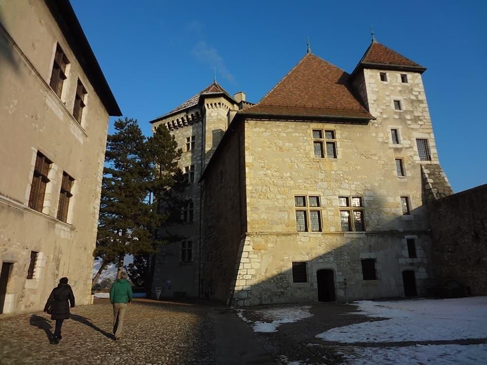 Замок Анси