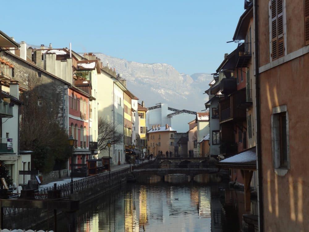 Франция город Анси фото