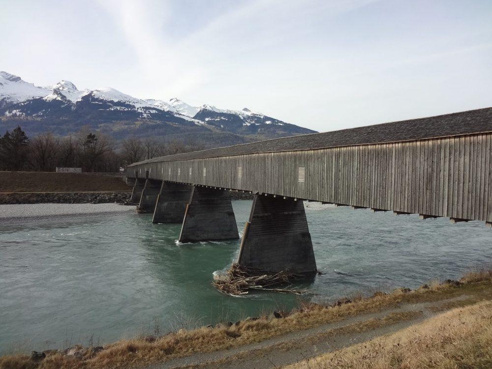 Лихтенштейн старый мост фото