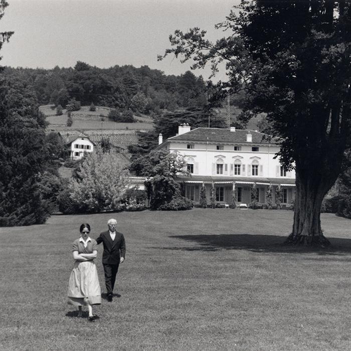Чарли Чаплин с женой Уной в Швейцарии