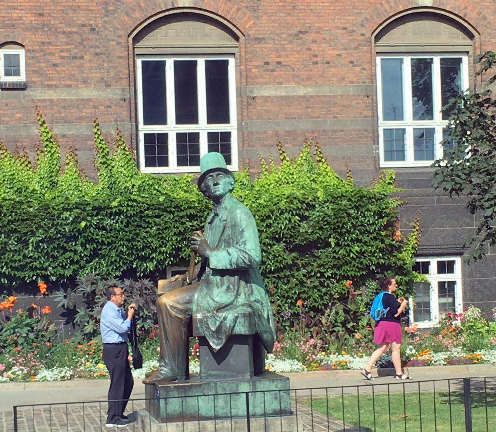Памятники Копенгагена фото