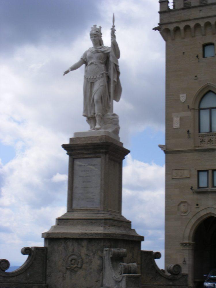 Сан-Марино достопримечательности