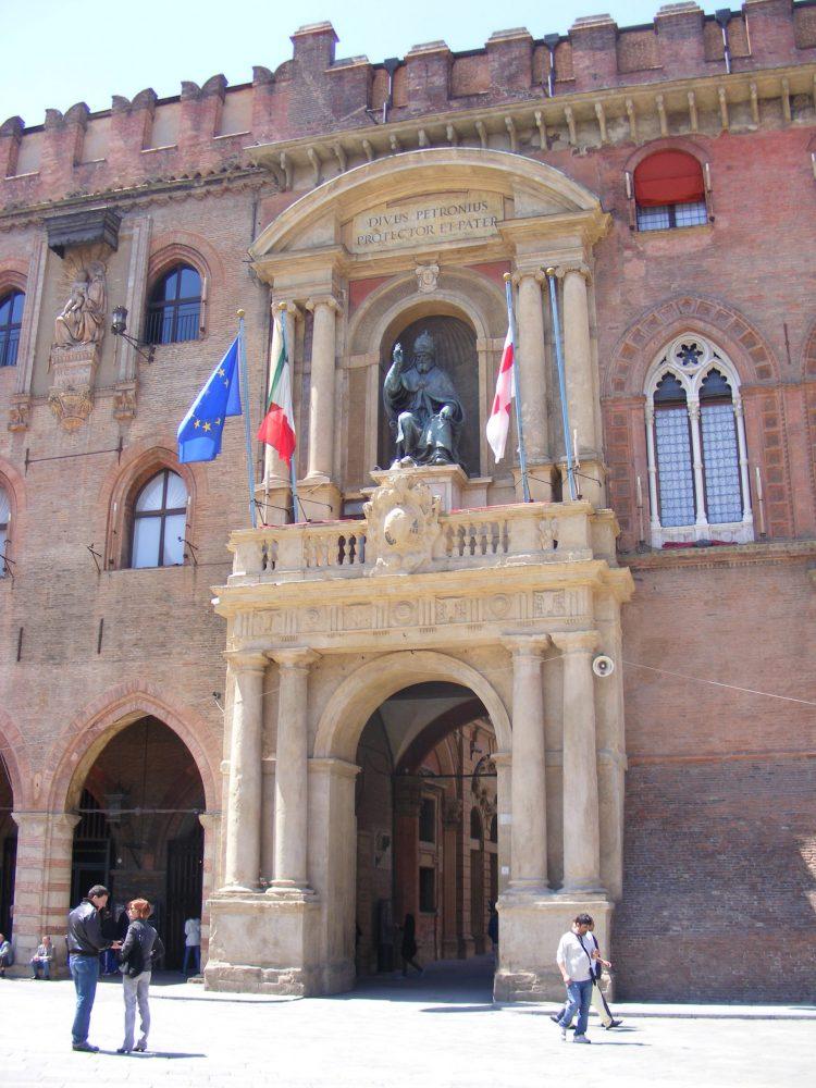 Палаццо д'Аккурсио Болонья