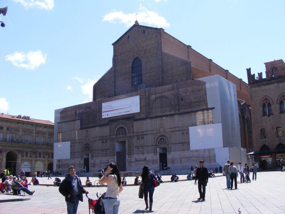Базилика Сан Петронио Болонья