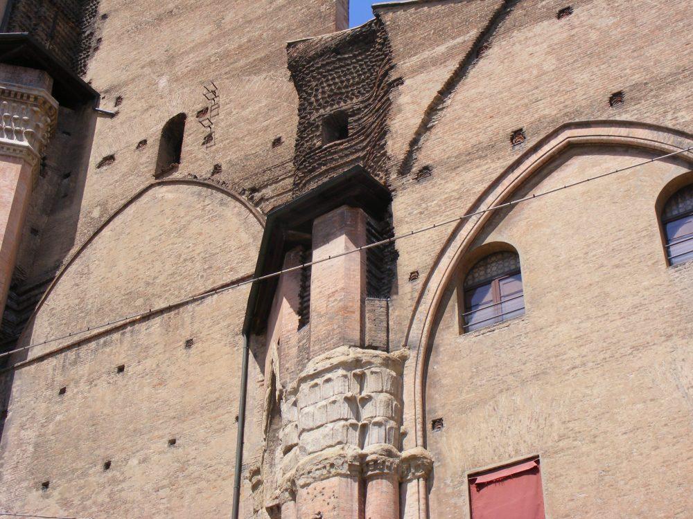 Фото город Болонья