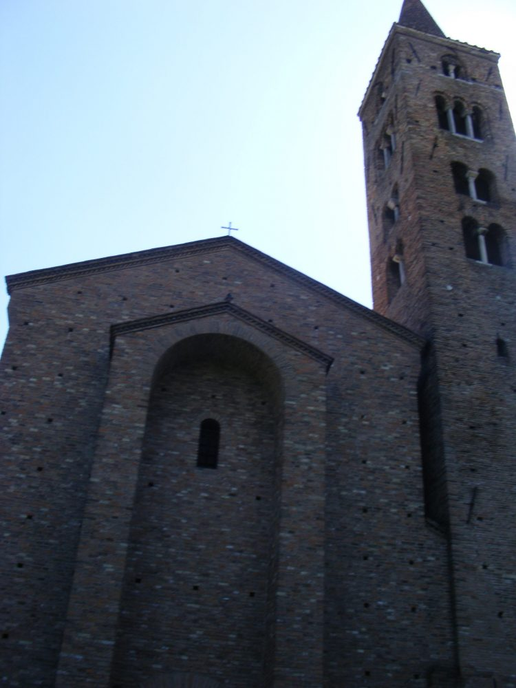 Равенна церкви