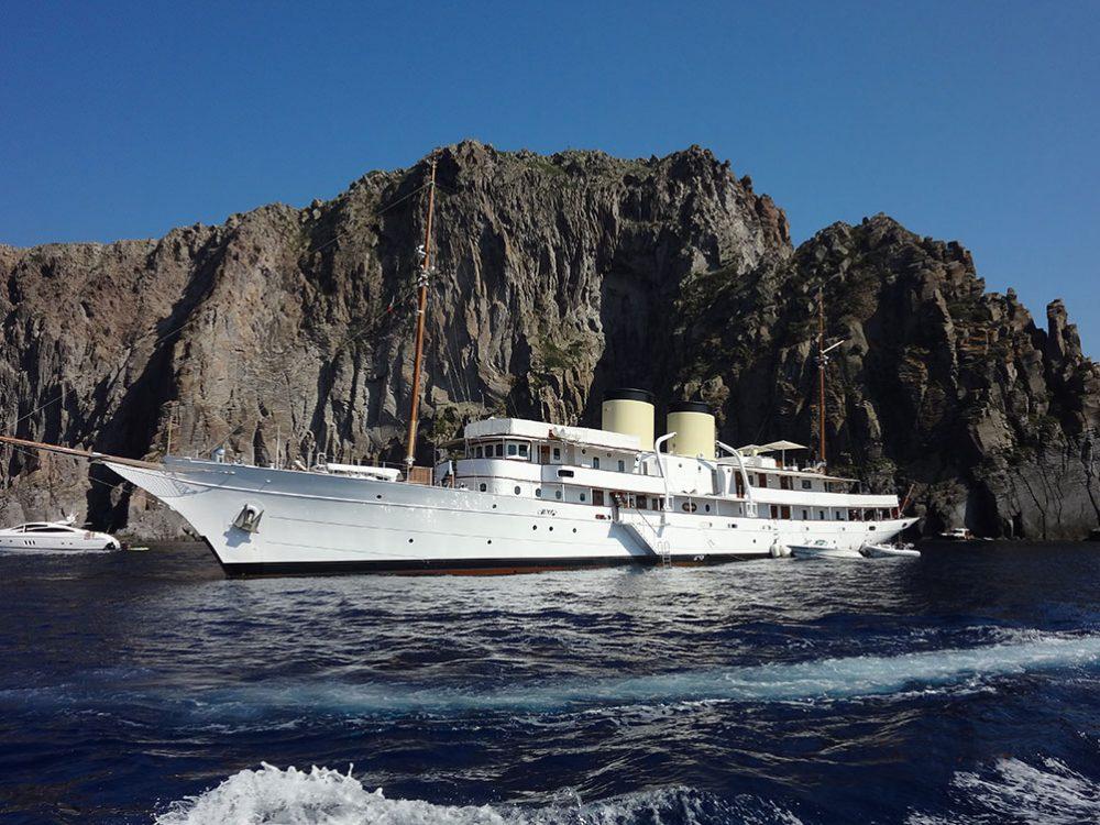 Эолийские острова Сицилия